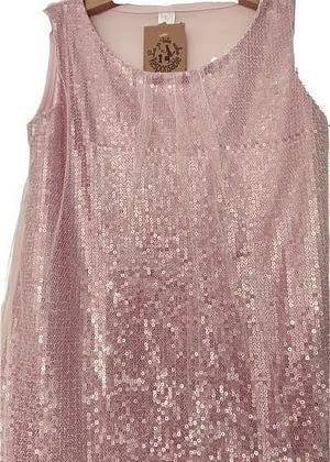 Robe rose sequins et voile