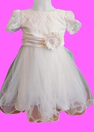 Robe blanche tulle dentelle et fleur