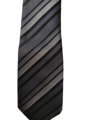 Cravate grise et noire