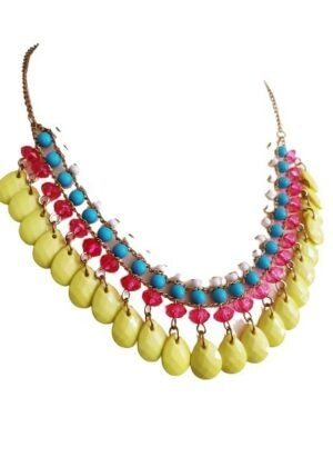 Collier en perles colorées
