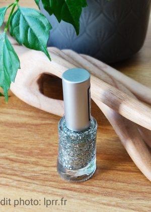 Vernis à ongles pailleté Couleur Caramel Coloris au choix