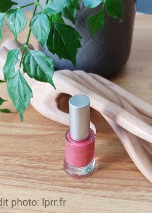 Vernis à ongles lumineux Couleur Caramel Coloris au choix