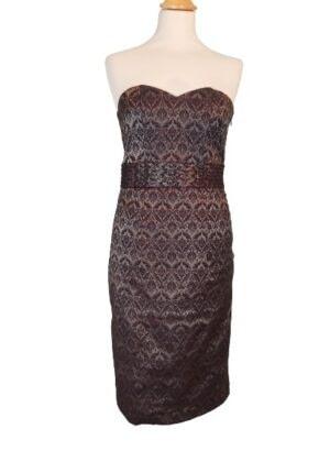 Robe Camaïeu noire et mordorée belle coupe motif jacquard
